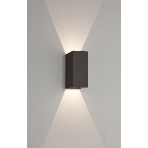 Applique murale ext rieure led oslo 160 noire astro lighting - Applique murale design noire ...