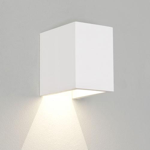 salle de bain aubergine et blanc resine de protection pour peinture. Black Bedroom Furniture Sets. Home Design Ideas