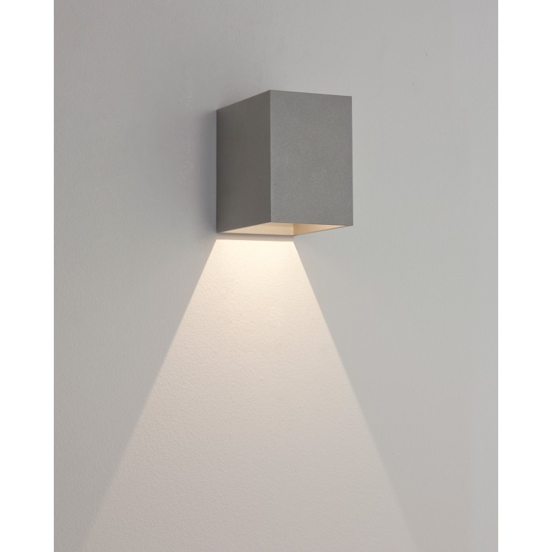 Applique murale ext rieure led oslo 100 astro lighting for Eclairage exterieur en applique
